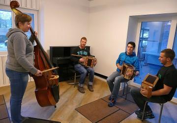 Musik für Jodlergruppe Alpengruess Aeschiried